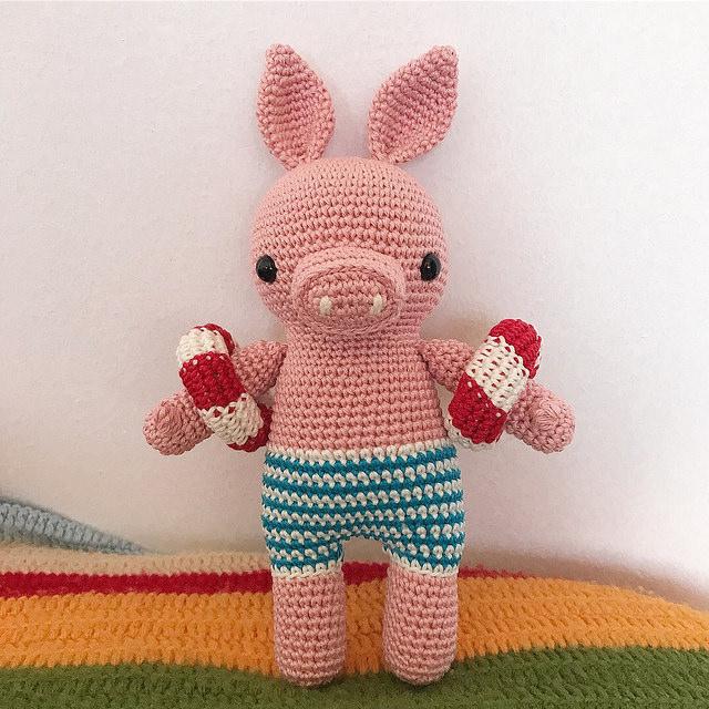 DIY Fluffies — Bernard the Donkey Amigurumi. Crochet this cute... | 640x640
